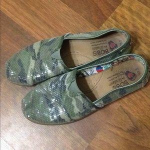 Women's Bobs Slip-On Sneakers Size 8.5.